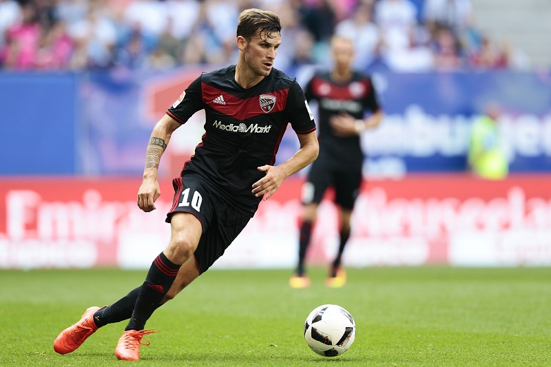 Pascal Groß is the playmaker of FCI.(Foto: Oliver Hardt / Bongarts / Getty Images)